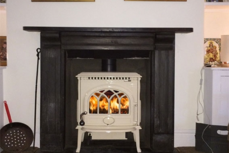 Jotul F3 in Cream