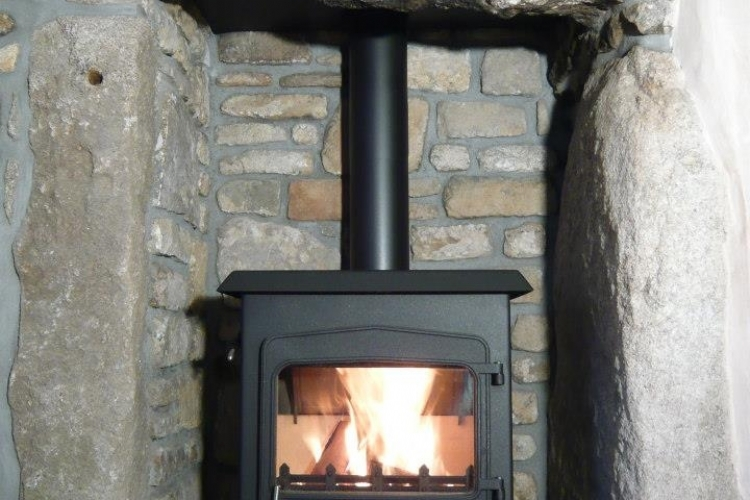Woodwarm Fireview 6 Kw