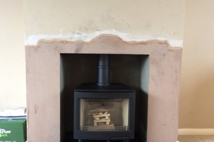 Contura i5 in a remodelled fireplace