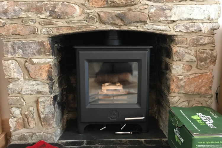 Woodwarm Pheonix Firegem installed in Cornwall