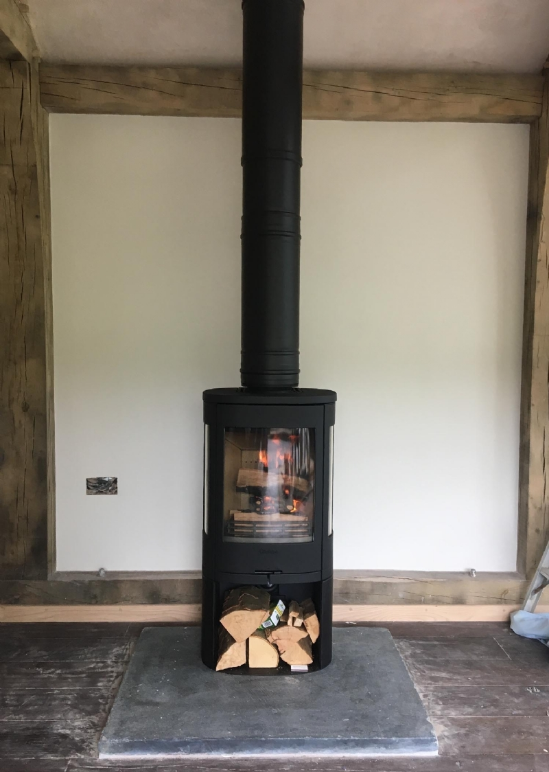 Contura 850 installed in Cornwall