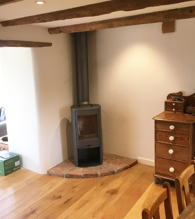 Contura 810 woodburner installed in cornwall