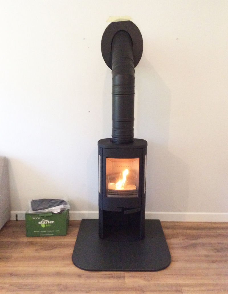 Contura 850 from Kernow Fires