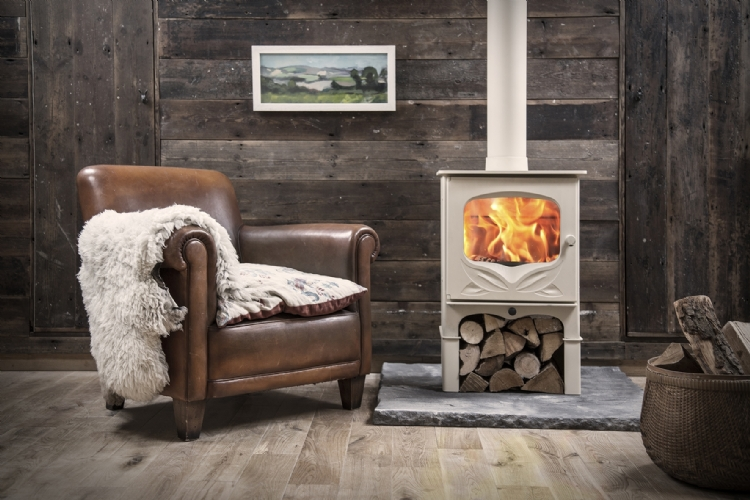 Woodburner which meets 2022 emission regulations