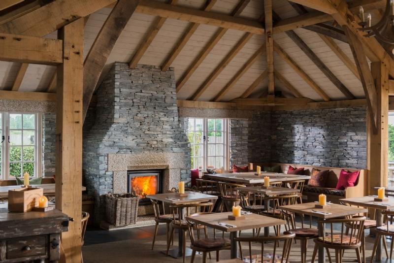 Stuv 16 woodburner at Rick Steins Cornish Arms at St Merryn