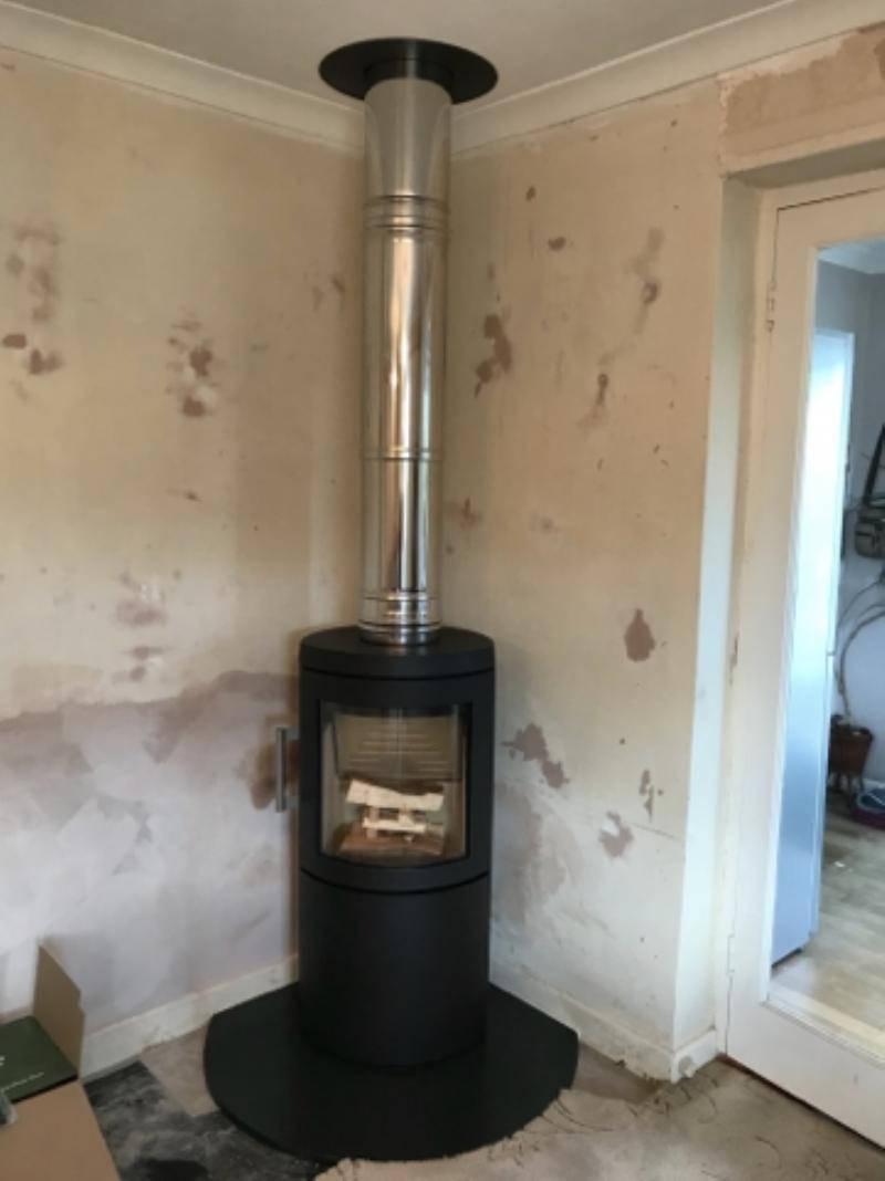 New freestanding corner fire in Cornwall