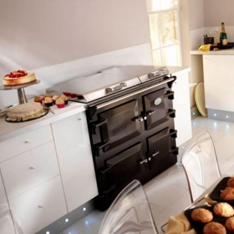 Everhot 100 electric range cooker